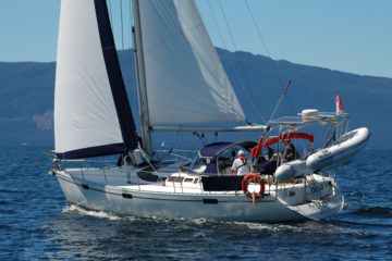 Tula with full sails